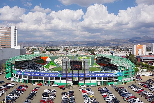 観覧車から見るレオンスタジアム