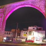 夜のケレタロ水道橋