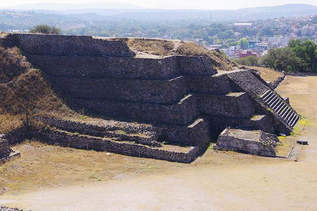 ピラミッドC