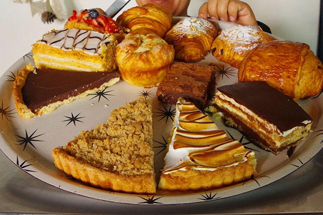 ケーキとパン
